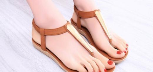 Для женщины сандалии