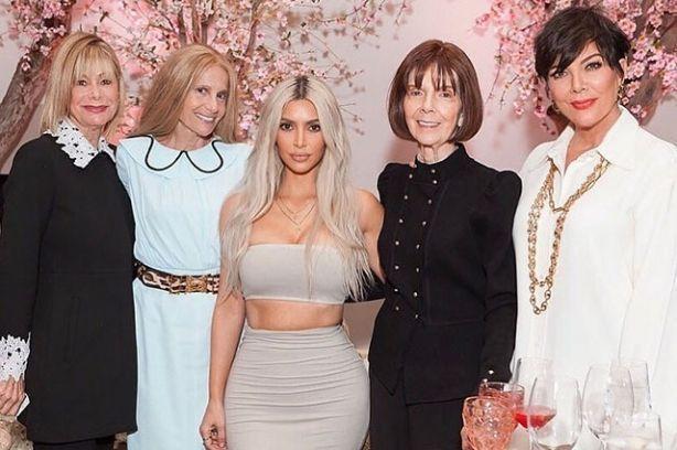 Как звезды отметили День благодарения: Ким Кардашьян, Дженнифер Лопес, Бритни Спирс, Виктория Бекхэм и другие