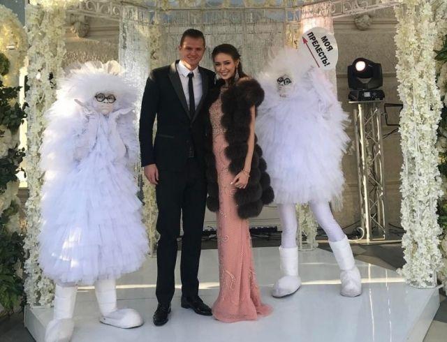 Астролог: Дмитрий Тарасов и Анастасия Костенко выбрали несчастливый день для свадьбы