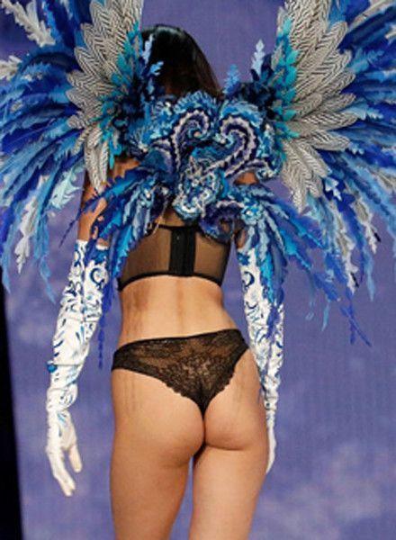 Белла Хадид показала обвисшую и дряблую попу