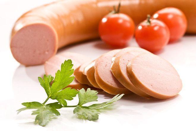 Антибиотики, конина и кукуруза: что мы едим в докторской колбасе
