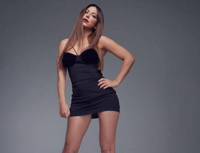 Ани Лорак в мини восхитила точеной фигурой (ФОТО)