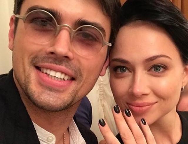 Развод и девичья фамилия? Настасья Самбурская удалила все фото мужа из Instagram