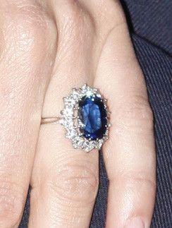 Почему Меган Маркл не досталось кольцо принцессы Дианы