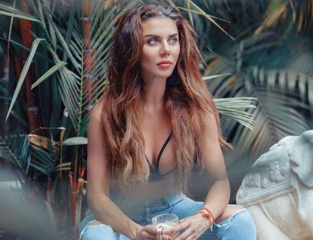 Анна Седокова ужаснула неухоженным лицом: видео певицы без макияжа шокировало поклонников