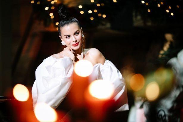 Настя Каменских подготовила для поклонников рождественский сюрприз (ФОТО)