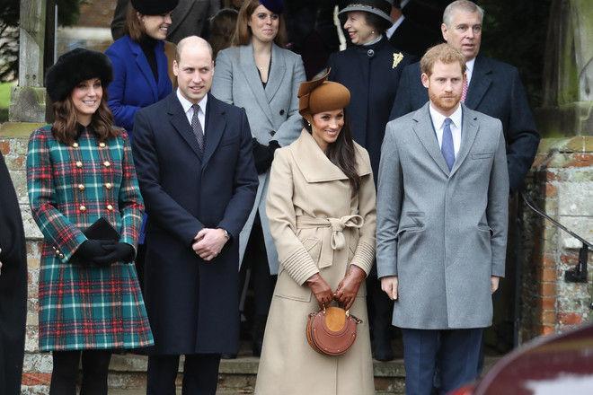 Меган Маркл пришла на рождественскую службу в необычной шляпке