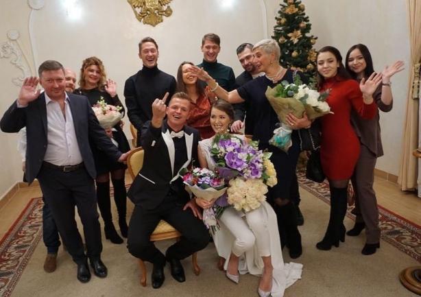 Вот умора: Ольга Бузова затроллила свадьбу Тарасова и Костенко!