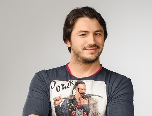 Сергей Притула под пальмами потроллил киевлян