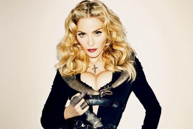 Напомнила Мэрилина Мэнсона? Мадонна поделилась очередным обнаженным снимком (ФОТО)