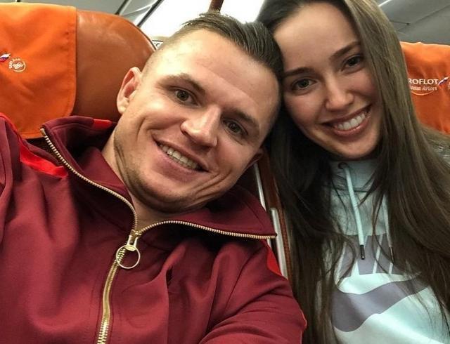 Дмитрий Тарасов изменяет Анастасии Костенко