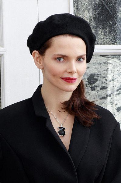Елизавета Боярская показала самые красивые украшения сезона