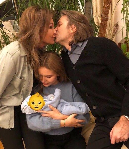Елена Маликова о рождении сына: «Бог услышал Димины молитвы»