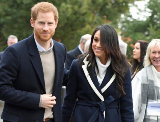 Меган Маркл и принц Гарри отправились в Бирмингем с официальным визитом