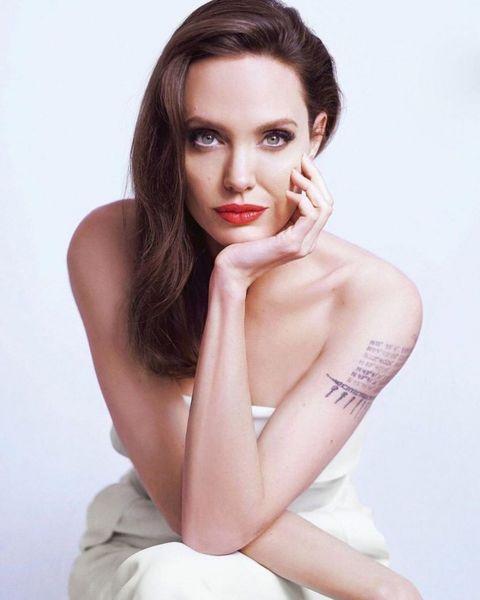 Не может быть: Дженифер Энистон пригласила Анджелину Джоли на ужин, чтобы помириться