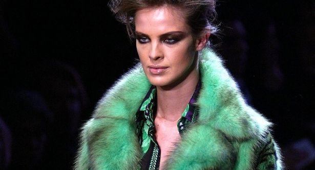 Versace отказывается от натурального меха