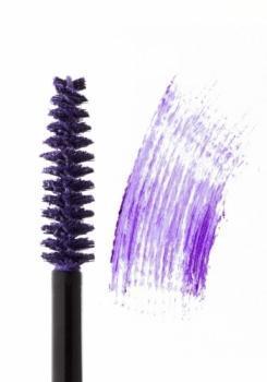 Ультрафиолет: модный цвет 2018 года. Как использовать в макияже и маникюре