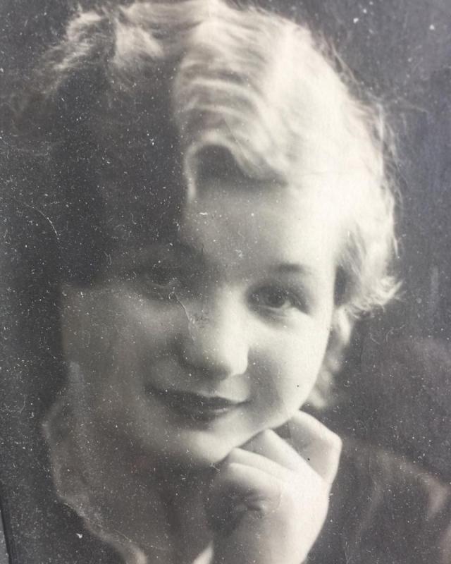 Примадонна восхитила поклонников снимком мамы