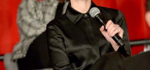 Скарлетт Йоханссон изменила цвет волос (ФОТО+ГОЛОСОВАНИЕ)