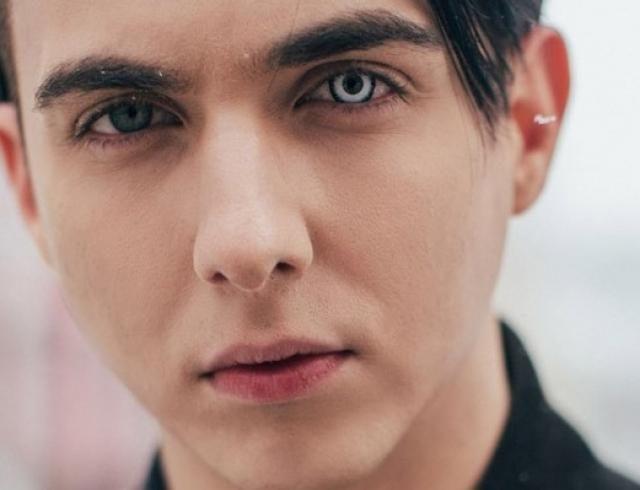"""MELOVIN представил видео на песню для """"Евровидения"""": премьера клипа Under The Ladder"""