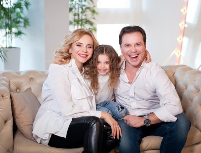 Счастливая Лилия Ребрик показала первые кадры с новорожденной дочерью Полиной