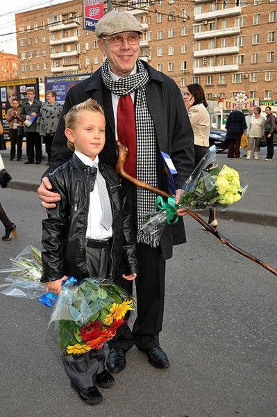 Сын Валерия Золотухина хранит игрушки, подаренные отцом