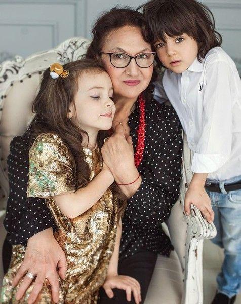 Филипп Киркоров показал, кто воспитывает его детей