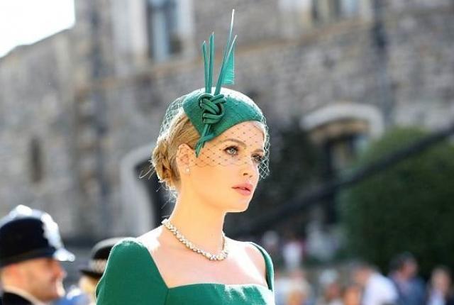 Племянница принцессы Дианы затмила всех дам на свадьбе Меган Маркл и принца Гарри (ФОТО)