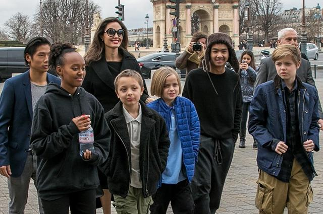 Анджелина Джоли поскандалила с Брэдом Питтом из-за детей