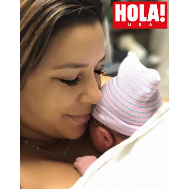 Ева Лонгория впервые стала мамой: смотрите первый снимок с малышом