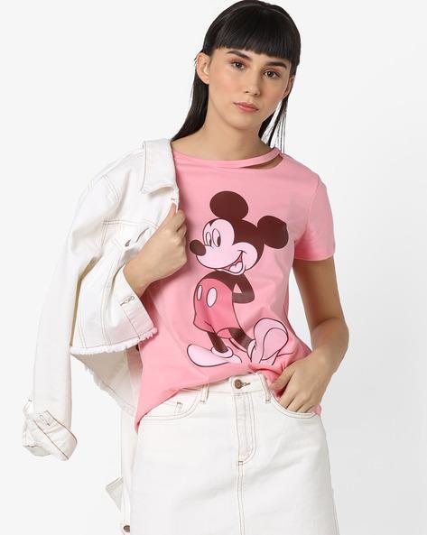Выбрать женскую футболку