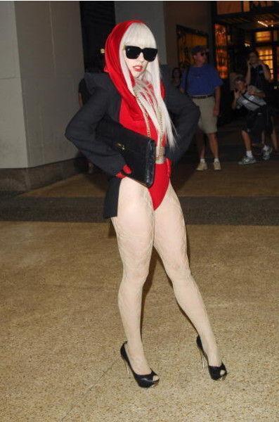 Леди Гага превратилась в стройняшку