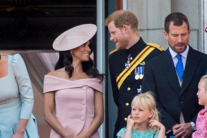 Меган Маркл нарушила дресс-код на глазах у королевы