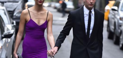 Модель Карли Клосс выходит замуж за родственника Дональда Трампа!