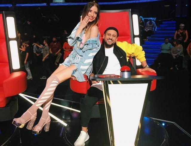 Вот это сюрприз: Monatik и Надя Дорофеева записали совместную песню и сняли клип во Франции