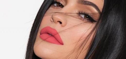 """""""Я удалила мои филлеры"""": Кайли Дженнер уменьшила губы и ввела тренд на естественность"""