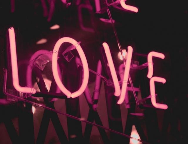 Восемь цитат парней о первой любви