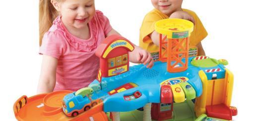 Как выбрать игрушку малышу?