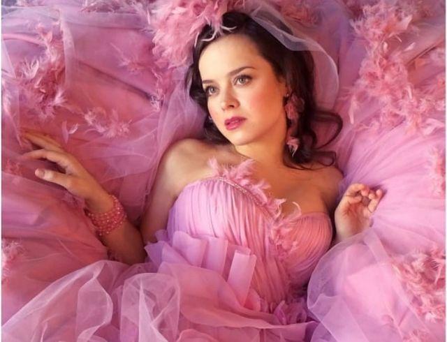 СМИ: актриса Comedy Woman Наталия Медведева беременна во второй раз