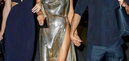 Ирина Шейк прогулялась в платье с разрезом до талии