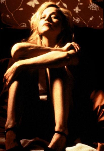 Секс-символы культовых фильмов 20 лет спустя: что с ними стало