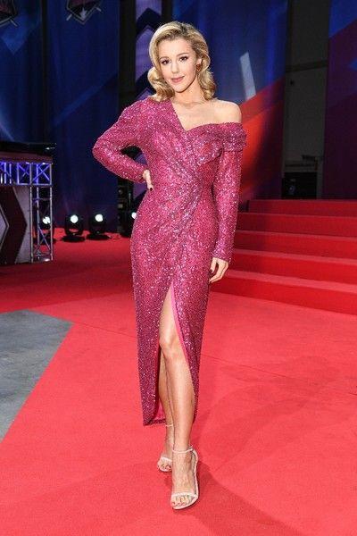 Юлианна Караулова постройнела и надела откровенное платье