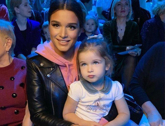Дочь Ксении Бородиной умилила соцсети своим желанием