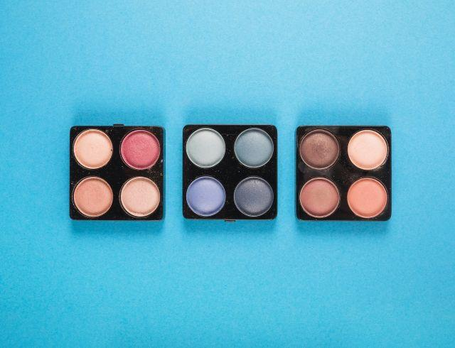 Как наносить тени пошагово: beauty-урок
