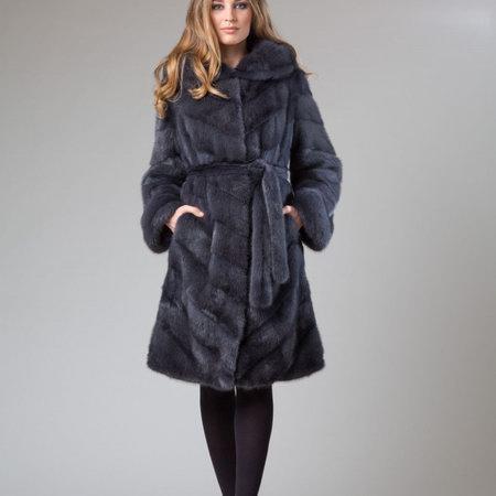 """Выбор меховых изделий станет доступным с интернет-магазином """"Miss Lora"""""""