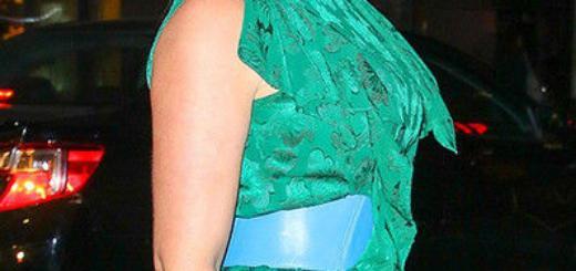 Модель plus size примерила платье с роскошным разрезом