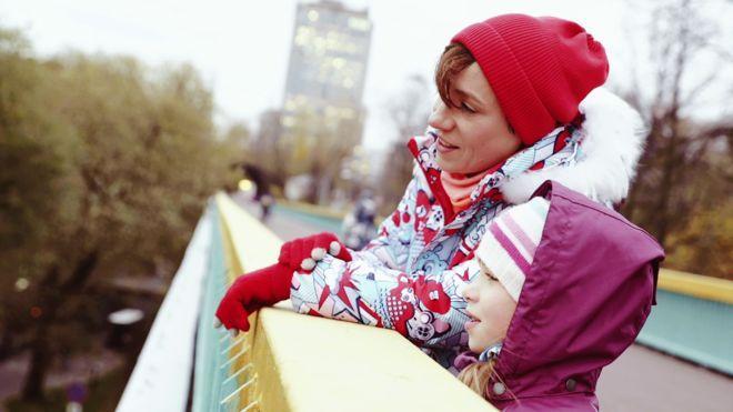 Звезды рассказали 10 историй о любви к Москве