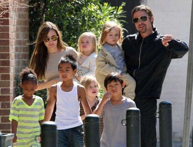 Брэд Питт и Анджелина Джоли договорились об условиях опеки над шестью детьми