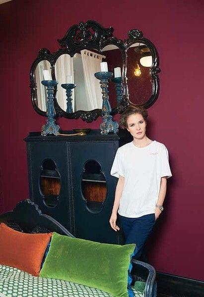 Лукерья Ильяшенко показала свою первую квартиру
