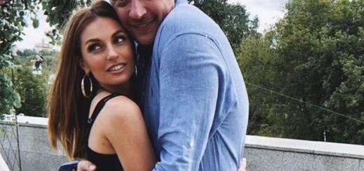 СМИ: певица Саша Савельева впервые стала мамой